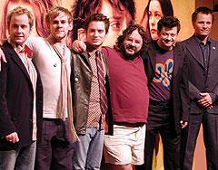 (左より)ビリー・ボイド、ドミニク・モナハン、イライジャ・ウッド ピーター・ジャクソン監督、アンディ・サーキス ヴィゴ・モーテンセン「ロード・オブ・ザ・リング 王の帰還」