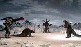 撮影現場が公開された南極での戦闘シーン「ゴジラ FINAL WARS」