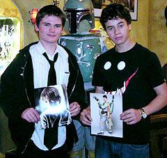 すっかり大きくなったジェイク・ロイド(左)と ダニエル・ローガン「スター・ウォーズ」