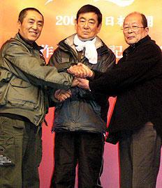 「健さんは僕のアイドルでした」。チャン・イーモウ監督作に高倉健が出演