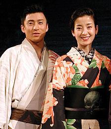主演の市川染五郎と宮沢りえ「阿修羅城の瞳」
