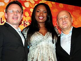 「ドリームガールズ」(左から)ビル・コンドン監督、 ジェニファー・ハドソン、ローレンス・マーク
