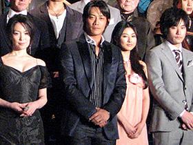 「蒼き狼 地果て海尽きるまで」 (左から)若村麻由美、反町隆史、菊川怜、 松山ケンイチほかキャスト、スタッフが勢揃いした「蒼き狼 地果て海尽きるまで」