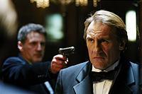 「007」監督が、「あるいは裏切りという名の犬」をリメイク