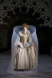 今年のローマ映画祭はC・ブランシェットの「エリザベス」続編で開幕