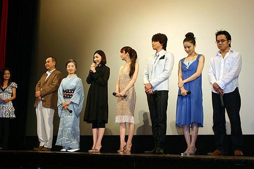 「夕凪の街 桜の国」 7月19日 特別試写会舞台挨拶