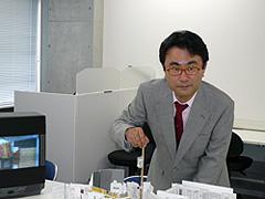 三谷幸喜監督が新作コメディで、スタジオに港町を丸ごと建築!