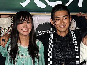 「ワルボロ」(左から)新垣結衣と松田翔太、 まるで男子校のような熱い現場だったようで「ワルボロ」