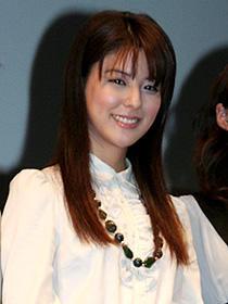 藤井美菜の初主演作は一般公募から生まれた「雨の翼」