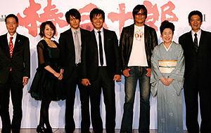 織田裕二主演「椿三十郎」会見で、角川春樹氏が興収60億円宣言!