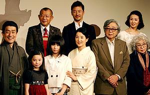 山田洋次監督の80作目は温かく悲しい反戦映画。「母べえ」完成会見