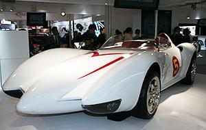 日本企業の力を得て、マッハ号が復活!「スピード・レーサー」