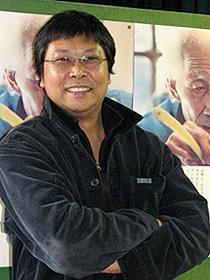 キャリア81年!93歳現役理髪師の日常を描く「胡同の理髪師」