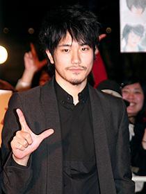 松山ケンイチ、ジョニー・デップに触発されてファンに出血大サービス!