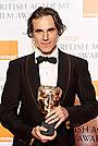 英国アカデミー主演男優賞はD・デイ=ルイス、作品賞は「つぐない」