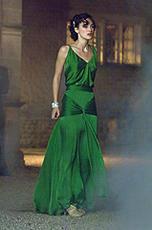 キーラ・ナイトレイが着た「つぐない」のドレスがオークションに!