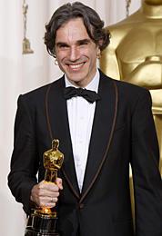 アカデミー主演男優賞は「ゼア・ウィル・ビー・ブラッド」のデイ=ルイス