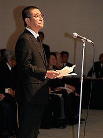 石坂浩二、岸惠子ら約850人が市川崑監督に最後のお別れ