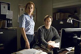 映画版「X-ファイル」続編、モルダーとスカリーの関係は「新たな領域に」