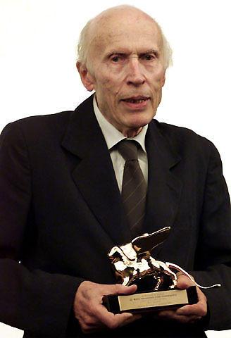 仏ヌーベルバーグの長兄、エリック・ロメール監督死去