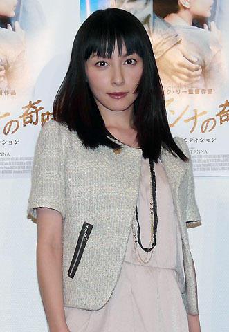 奥菜恵、1年ぶり登場に育児と仕事「楽しく両立しています」