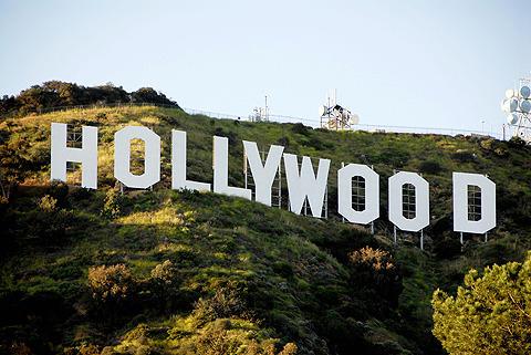 ハリウッドの雇用者数、わずかに上昇の見込み