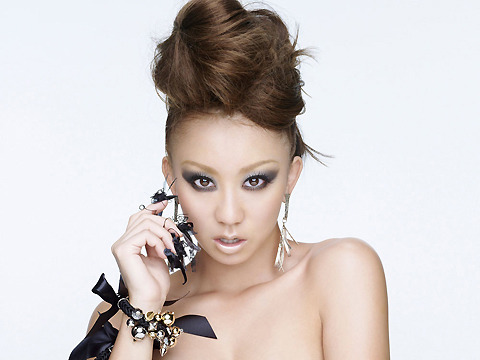 倖田來未デビュー10周年に映画「ダレン・シャン」イメージソング