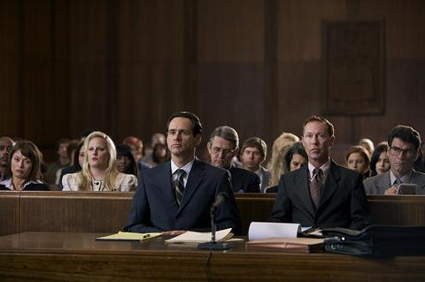 映画のモデルになったゲイ男性が「フィリップ」に弁護士役でカメオ出演