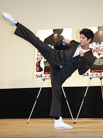 「鉄拳」実写版、日本最速公開に主演ジョン・フーも「エキサイト!」