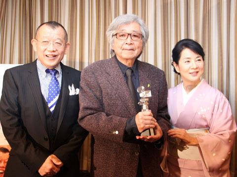 山田監督、小百合、鶴瓶が外国人記者の質問に苦笑い