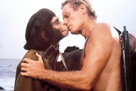 誰もやりたがらない「猿の惑星」前章の監督がついに決定か