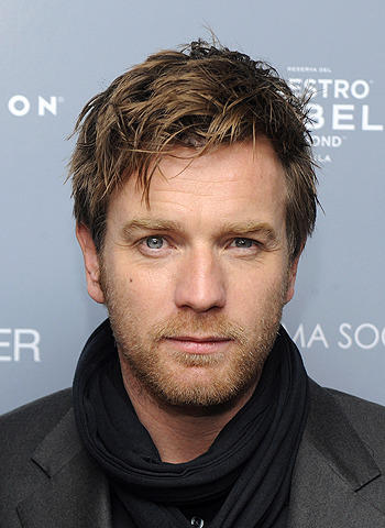 ユアン・マクレガーがマドンナ監督作に出演 愛のために王位を捨てた英国王に
