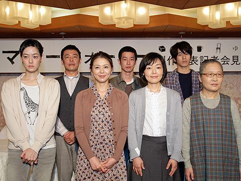 小林聡美と小泉今日子が映画初共演 「マザーウォーター」京都で撮影中