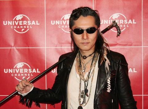 海外TVドラマで俳優デビューの石井竜也「ジョニー・デップの次をいく」