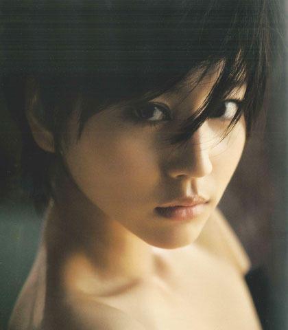 堀北真希、映画版「白夜行」主演で究極の悪女役