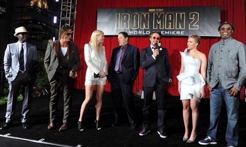 「アイアンマン2」セクシー担当のスカヨハ「見逃さないで」