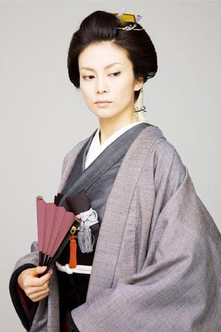 """柴咲コウ""""将軍""""君臨 男女逆転「大奥」新ビジュアル初披露"""