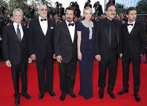 【カンヌ映画祭】オリバー・ストーン監督「ウォール・ストリート」上映で熱論