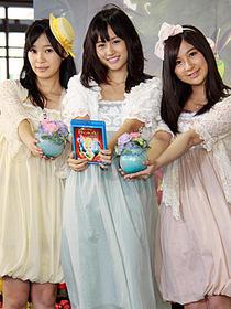 妖精のような3人がティンカー・ベルをPR「ティンカー・ベルと月の石」