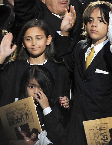 マイケル・ジャクソンさんの子どもたち、30歳で30億円の遺産相続