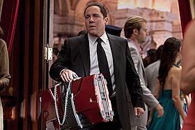 今回もトニーの運転手ハロルド役で 出演もしているファブロー監督「アイアンマン2」