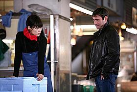 東京を舞台に大人のラブストーリーが展開「エレジー」