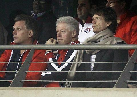 ミック・ジャガーとクリントン元大統領、そろってワールドカップ観戦