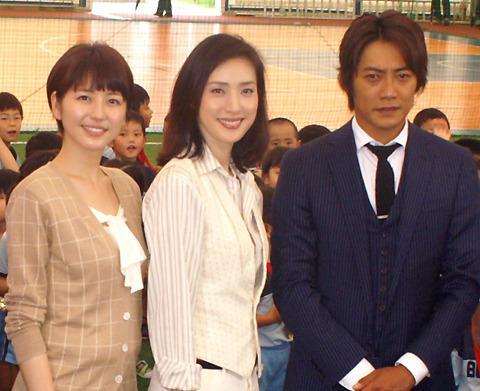 天海祐希、長澤まさみをいじめてます!?新連続ドラマ「GOLD」会見
