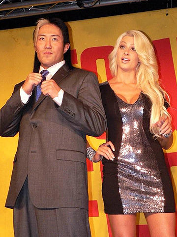 WWEのヨシ・タツ、2年ぶりの日本で毒舌ディーバにヒヤヒヤ