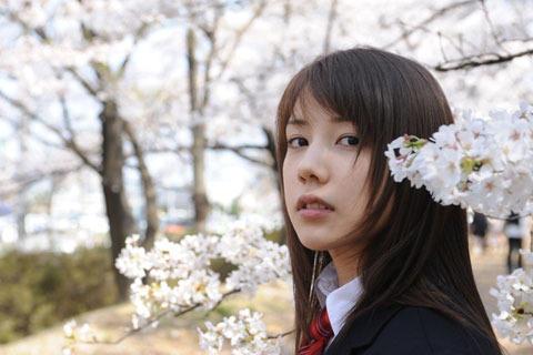 仲里依紗、初の海外映画祭へ プチョンでも「時をかけたい!」