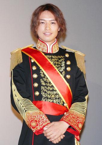 斎藤工、皇太子ルックで登場し「申し訳ない気持ちいっぱい」