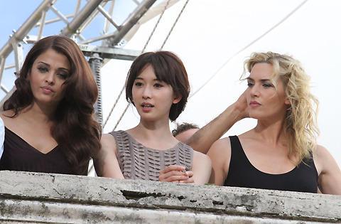 ケイト・ウィンスレット、リン・チーリンらがCM撮影