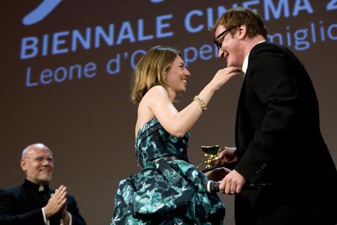 タランティーノ監督が私情を優先?ベネチア映画祭の受賞結果に波紋