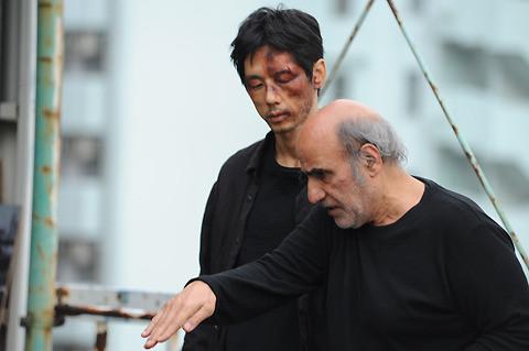 西島秀俊、殴られメイクで「人格が変わっちゃう体験」明かす